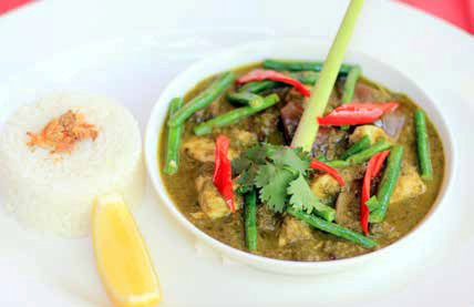 THAI GREEN FRESH FISH CURRY AND RICE